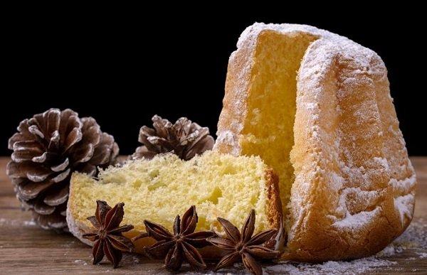 Gluten-free Pandoro cake