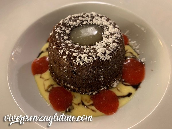 Chocolate and pear cake gluten-free