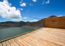 Volcano-crater-observation-deck-by-Javier-Mera-Jorge-Andrade-and-Daniel-Moreno_dezeen_784_5