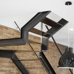 Escalera en Hierro, diseño Vive Estudio de reformas