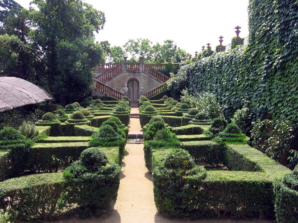 Visita il Labirinto di Horta il giardino segreto di