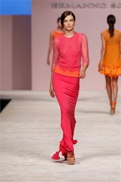 Moda: l'estate si colora di rosso fragola