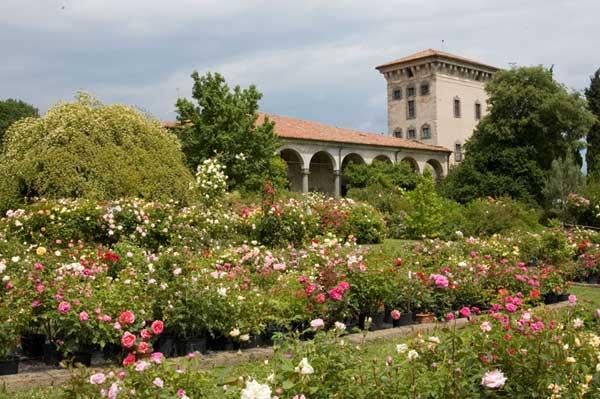 Gita fuori porta con visita ai giardini di Castello Quistini