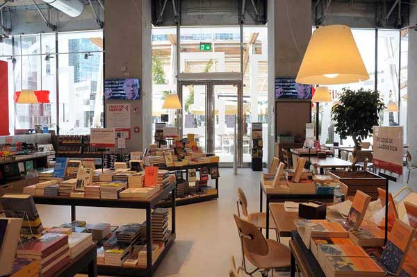 Aperitivo in libreria: Red La Feltrinelli