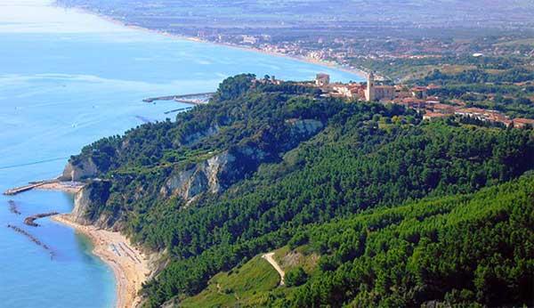 La Riviera del Conero e le spiagge più belle delle Marche