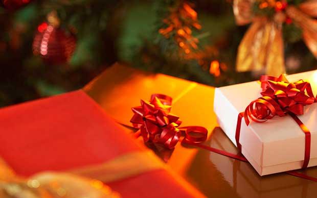 Regali di Natale 2014: cosa regalare alla mamma, alla fidanzata, al marito