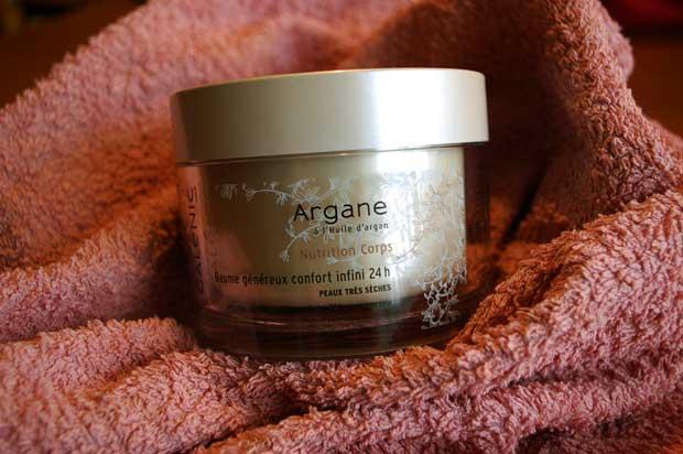 Curare la pelle del corpo e del viso in inverno con le creme Galénic