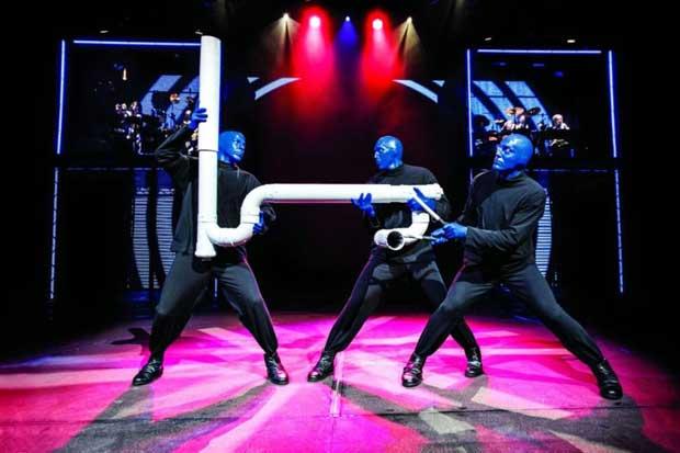 È arrivato in Italia Blue Man Group, lo show più colorato dell'anno