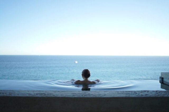La primavera è la stagione del benessere: 3 location ideali per un po' di relax