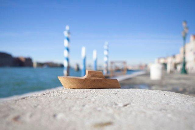 Pieces of Venice, dall'amore per Venezia al design per il sociale