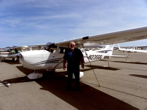 Henerson, Nevada flying N23466