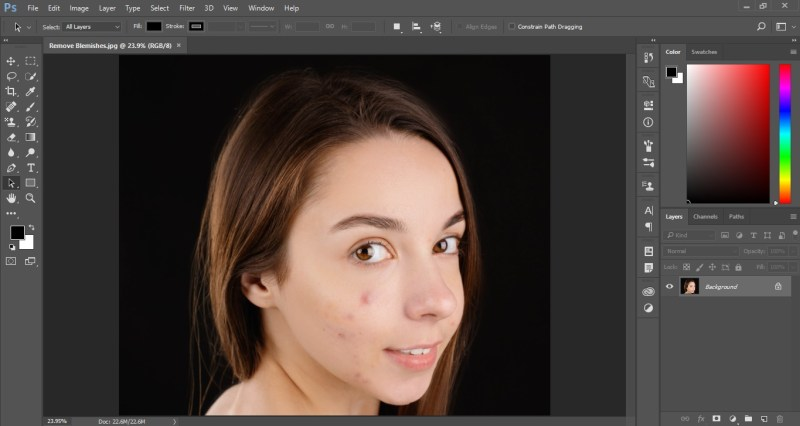 Open image to remove skin blemishes in photoshop