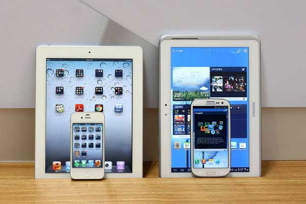 Apple, Samsung $1 Billion Patent war Resume