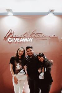 Vivien MC - Budithama Giveaway 2019