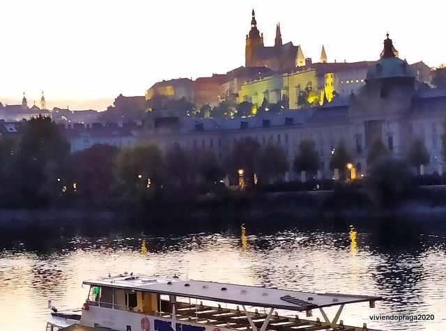 Castillo de Praga Río
