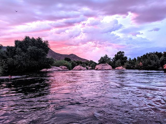 Lovely sunset at the Salt River in Arizona.  #saltriver #arizona #sunset #arizonsunset #amateurphotographer #amateurphotography #cellphonephotographer #cellphonephotography #landscapephotography #landscape #river #photographer #photography #az