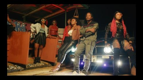 Kelvyn Boy ft Gyedu-Blay Ambolley – Watch Nobody (Official Video)