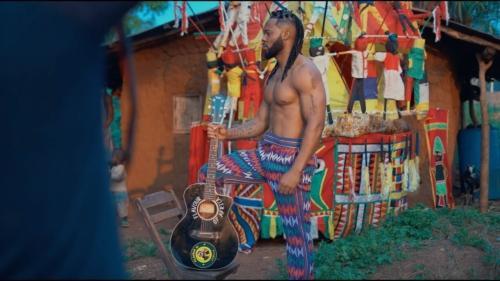 Flavour – Umu Igbo feat. Biggie Igba (Official Video)