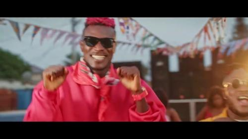 Keche – Good Mood Ft. Fameye (Official Video)