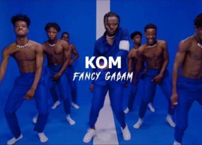 Fancy Gadam – Kom (Official Video)