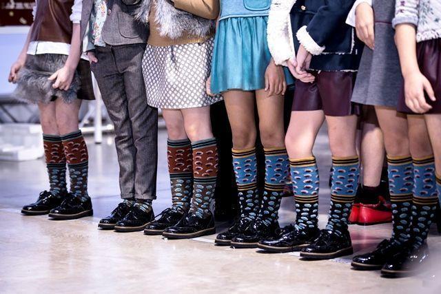Calcetines Hop Socks en el desfile fw16 de N+V