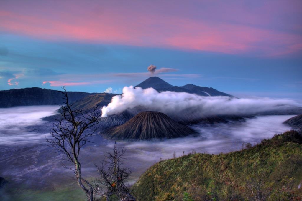 """""""Volcano"""". Fotografía de Sudiano Muji"""