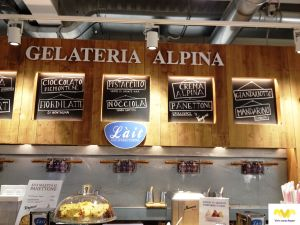 Gelateria Alpina. Milan