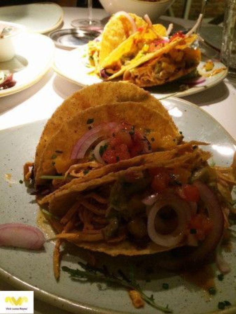 BABELIA RESTAURANTE. Tacos de pollo