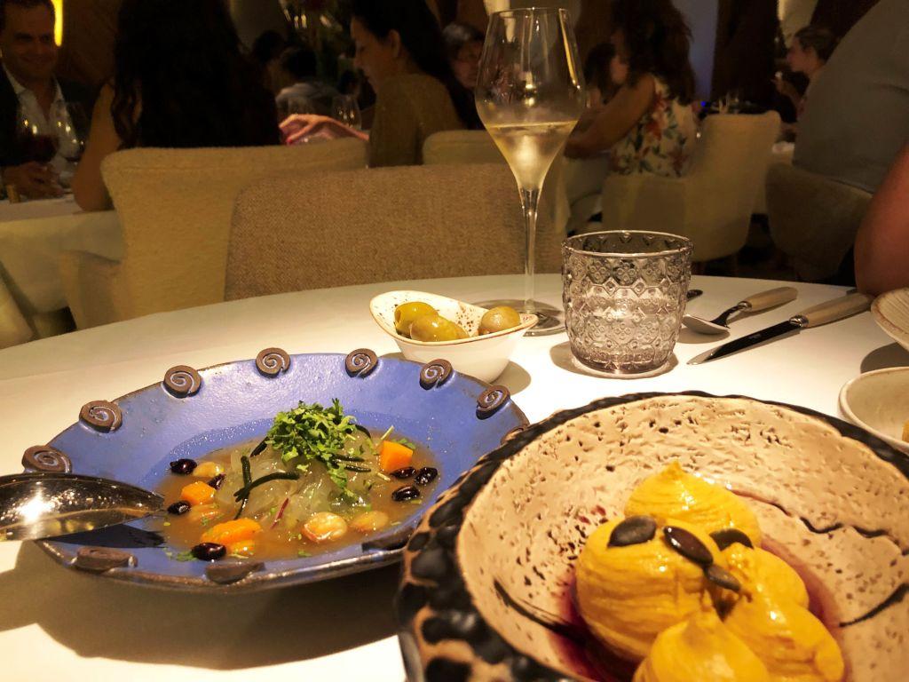 vivir-como-reyes-Aarde-Restaurante-ceviche-aloe-vera