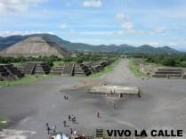 Calzada de los Muertos y Pirámide del Sol