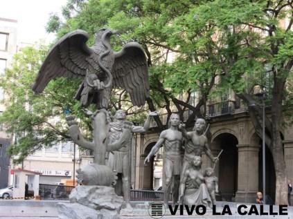 Monumento a la leyenda mexica acerca de la fundación de México