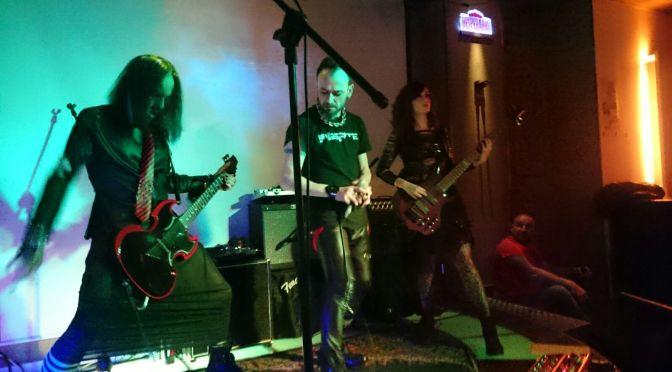 Inerte en Vivo Rock En Concierto