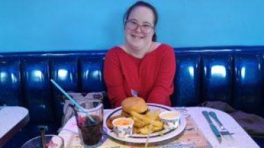 Louise au burger King journée mondiale de la trisomie 21