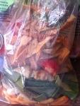 sac de retailles de légumes