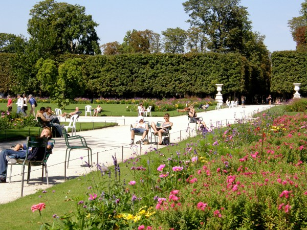 Jardin Des Tuileries Gardens Paris