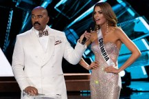 Steve-Harvey-Flubs-Miss-Universe-Pageant-Miss-Colombia-Stripped-of-Crown-01