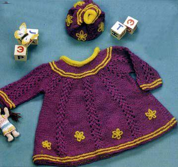 Платье и шапочка спицами для девочки