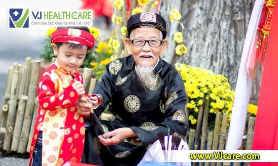 cham soc suc khoe ngay tet nguoi gia tre em ASIA Health  Chăm sóc sức khỏe ngày Tết: Chăm sóc sức khỏe người già và trẻ em cham soc suc khoe ngay tet nguoi gia tre em ASIA Health