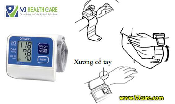 hướng dẫn cách sử dụng máy đo huyết áp cổ tay Omron