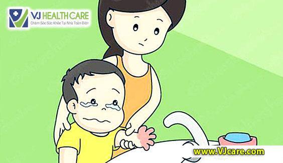 bỏng nước sôi ở trẻ em chữa bỏng nước sôi ở trẻ em ASIA Health  Bỏng nước sôi ở trẻ em – Cách sơ cứu đúng như thế nào ? b   ng n     c s  i     tr    em ch   a b   ng n     c s  i     tr    em ASIA Health