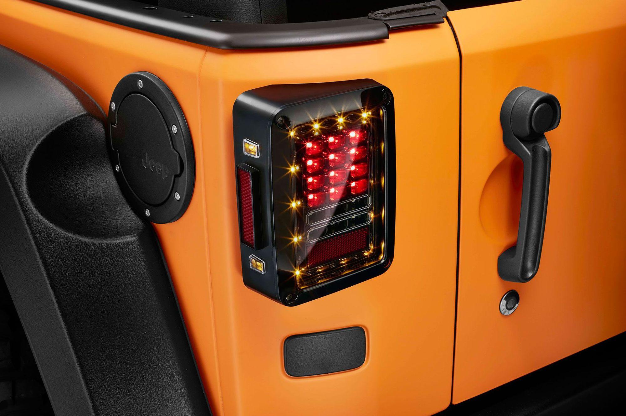 hight resolution of jeep wrangler rubicon sunriser 2015 frankfurt taillight