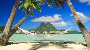 Маврикій або Мальдіви