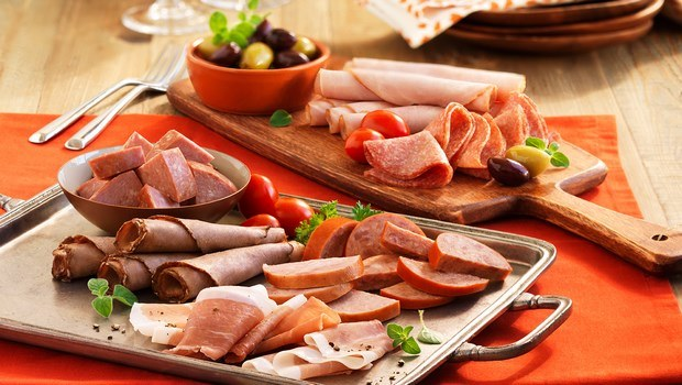 foods that cause miscarriage-deli meat