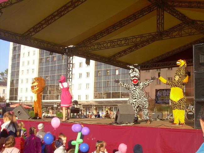 Театр ростовых кукол