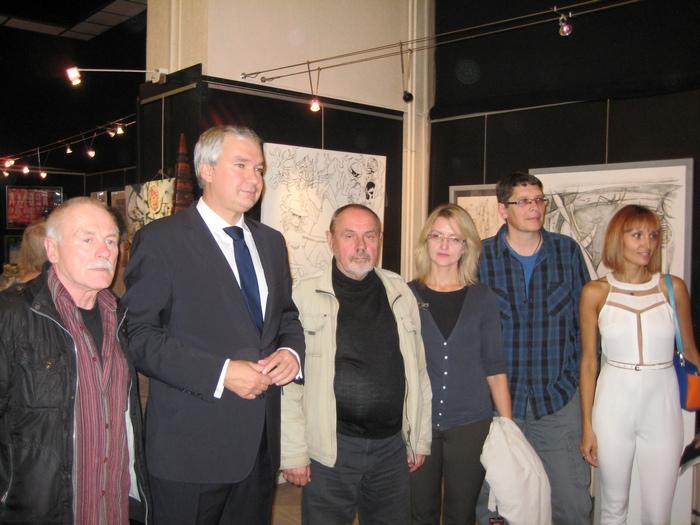 На открытии выставки «Bondy Arts International» с Чрезвычайным и Полномочным Послом Беларуси во Французской Республике Павлом Латушко