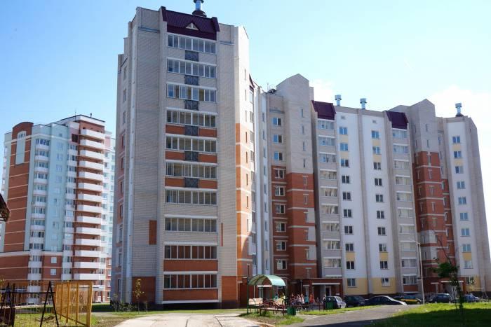 Новый арендный дом из кирпича, в отличие от первого -панельного. Фото Алена Евдокимова