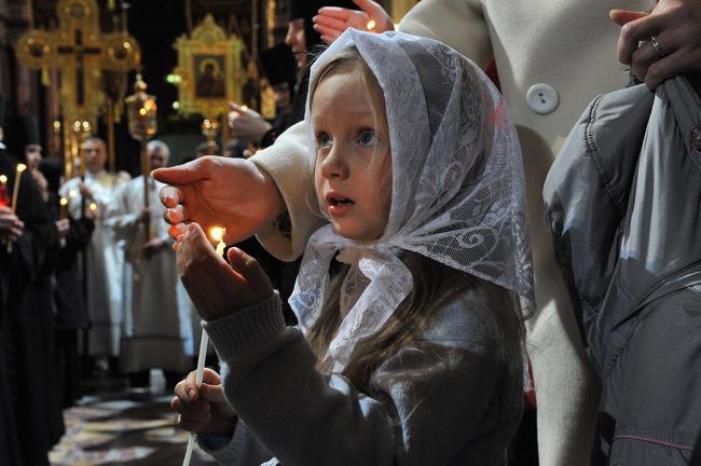 На успение Пресвятой Богородицы многие отправляются в церковь. Фото all-pages.com