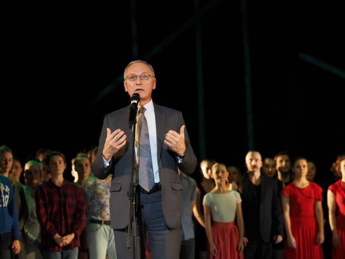 министр культуры Борис Светлов