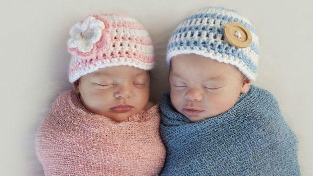 Мальчик или девочка? Хочется выбрать заранее. Фото ichef-1.bbci.co.uk