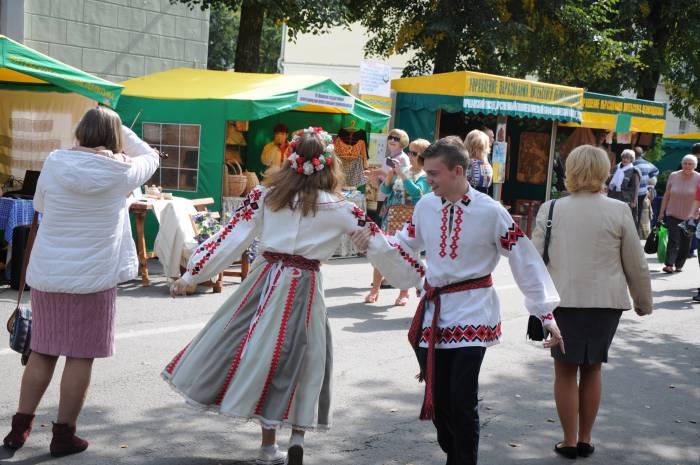 Танцы. Фото Анастасии Вереск